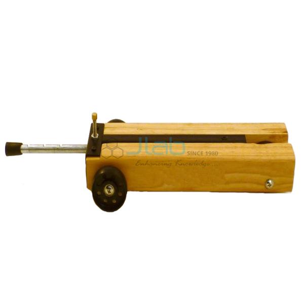 Wooden Dynamic Trolley